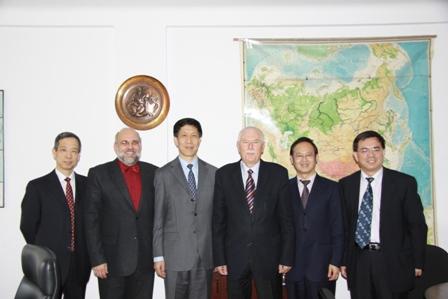 фото Пасол Китая в Комитете ОСЖД